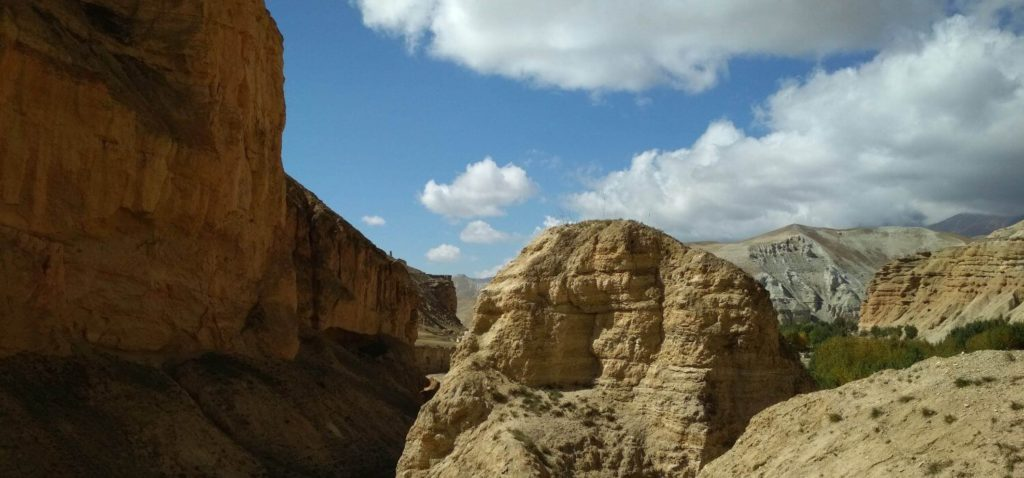 On the way to Upper Mustang