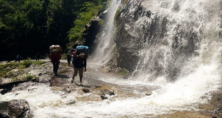 Tipping Your Guide and Porter in Nepal